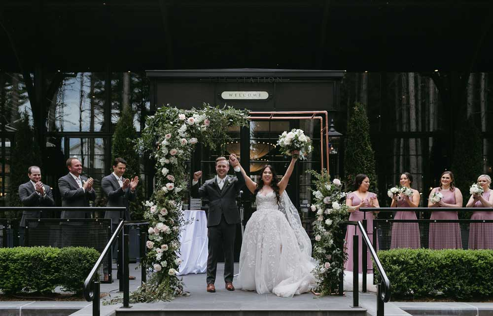 Shepards-Hollow-Wedding-Celebration-Web