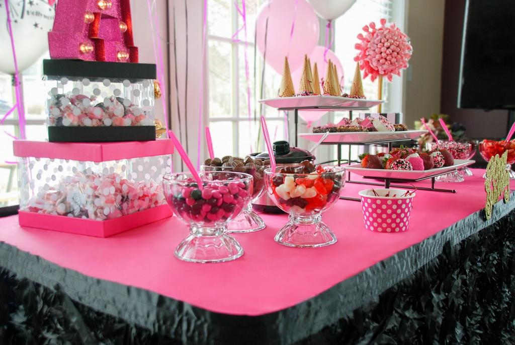Modern Glam Inspired Birthday Party – Lansing, MI