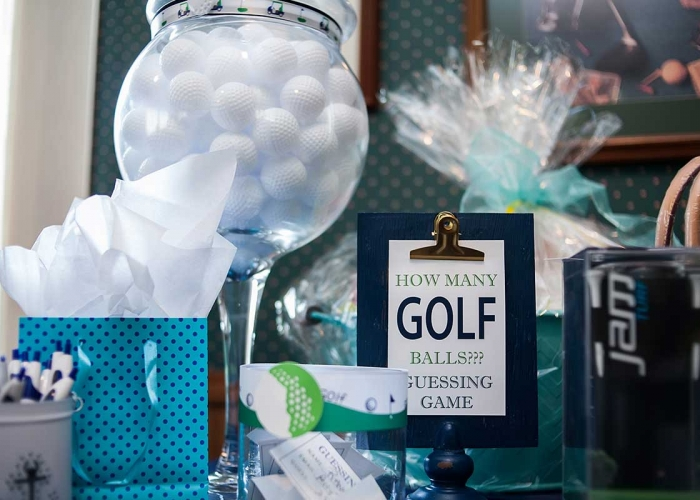Golf-Outing-Raffle-Table